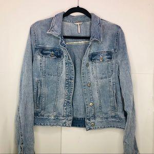 Free people women's denim jacket ( M )